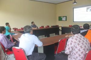 Sesi Presentasi Pemanfaatan PSB Online untuk sekolah. SMAN Cahaya Madani Banten. 7 Januari 2015