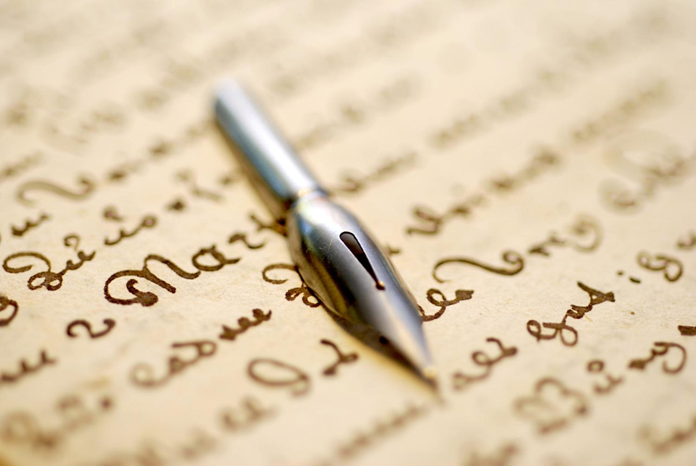 menulis-dedy