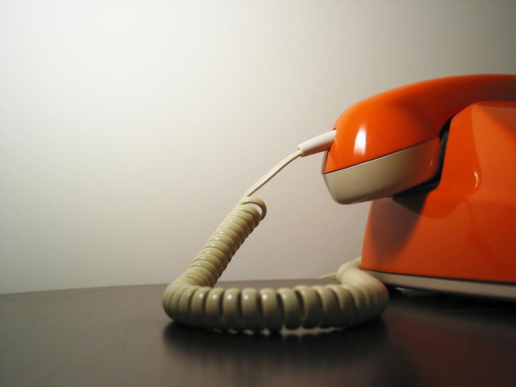 Seri Trixbox 1. Membangun Sentra Telepon Gratis Berbasis VoIP