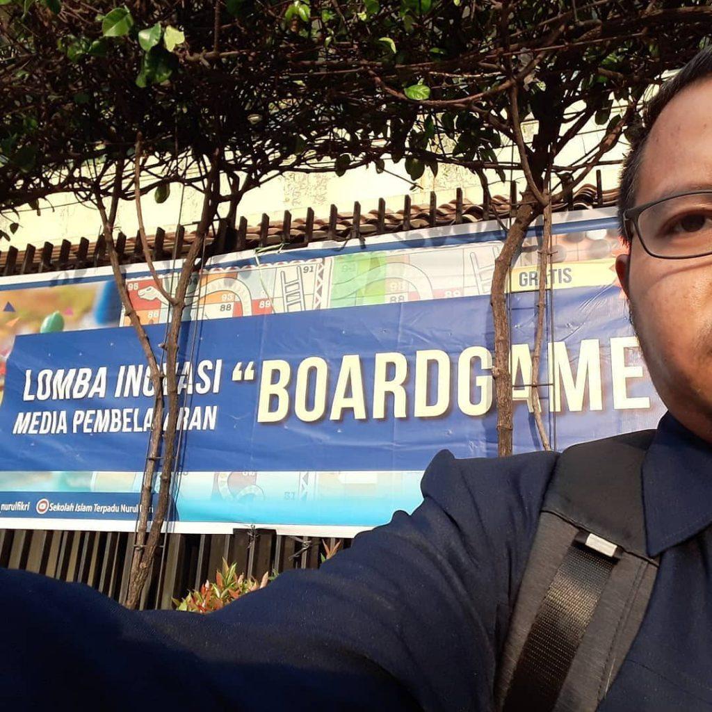 juri media pembelajaran guru board game