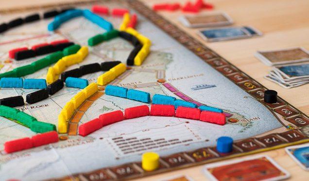 """Menjadi Juri Lomba Inovasi Media Pembelajaran """"Board Game"""""""